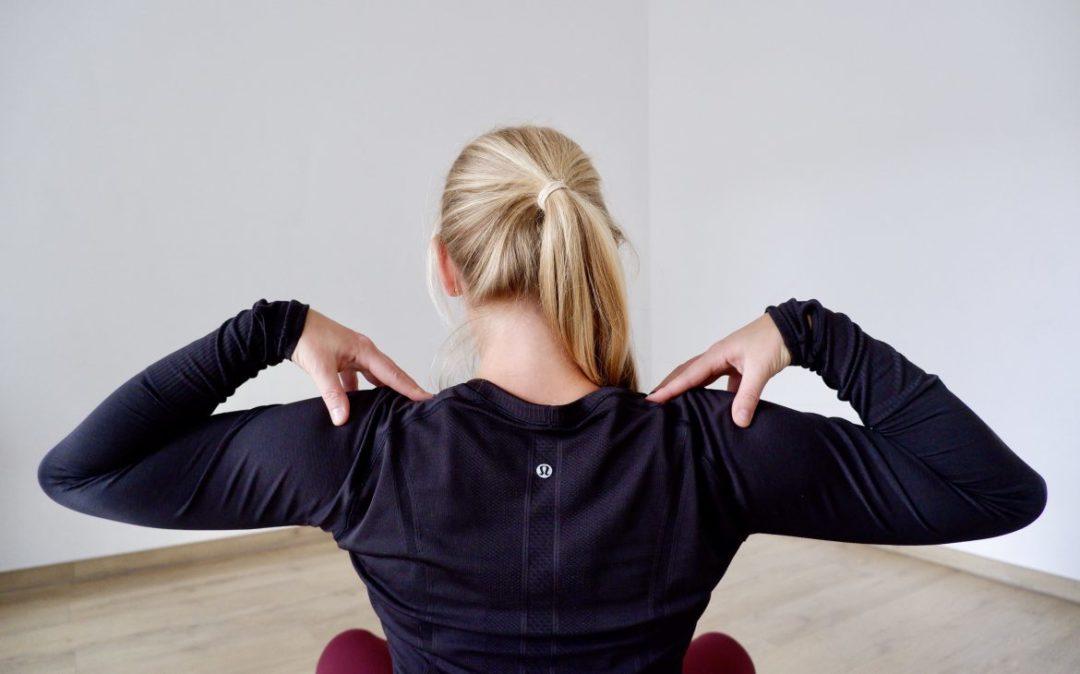 Schulterkreise können helfen die Schultern zu entspannen