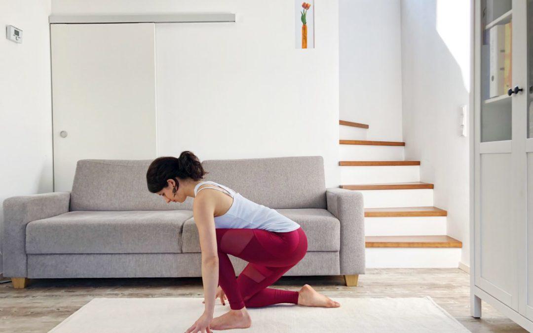 Bild 9 der Yoga am Abend Sequenz: unterschenkel ablegen