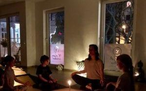 Kinderyoga Kerzenmeditation