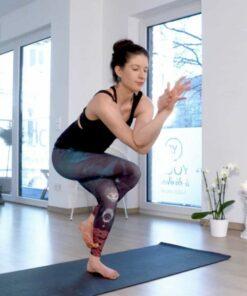 online Yoga Video zum Thema Mittellinie