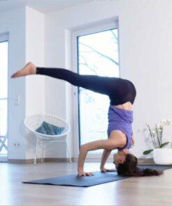 online Yoga Videos - Tripod Kopfstand