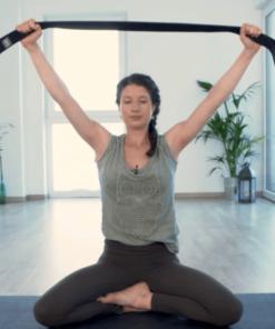 online Yogavideo - Sonnengrüße und Atem mit Tina