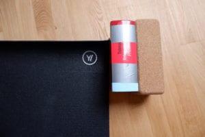 Yogablock Ersatz: ein dickes Buch