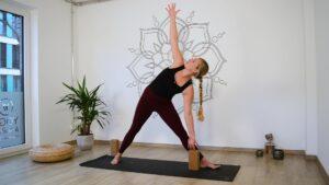 Dreieck im Yoga