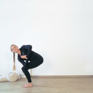 Dynamischer Twist Yoga Flow