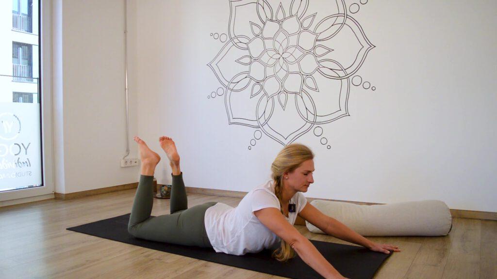 Yin Yoga im Frühling: Die Sphinx