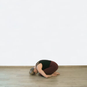 Yogaflow Beginn in Kindeshaltung
