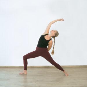 Yogaflow freidvoller Krieger